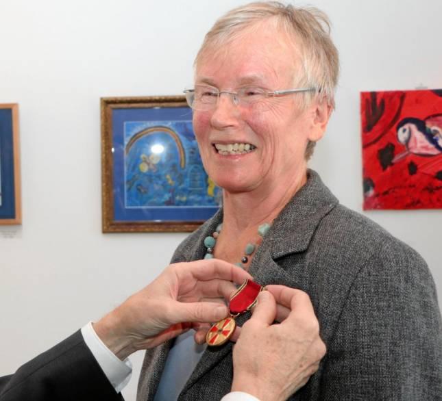 Höchste Weihen für Ursula Henk-Riethmüller