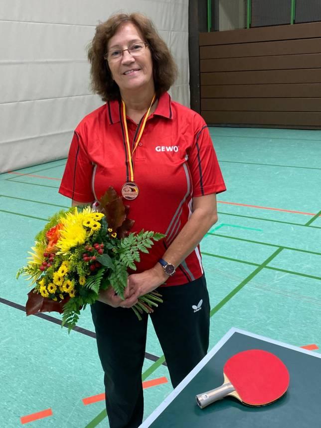 Braunlagerin Kerstin Pfeiffer holt Bronze