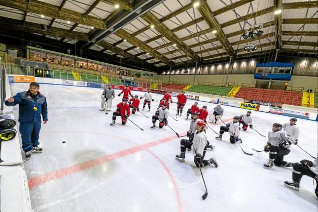 Eishockey-Saison ist kaum noch zu retten