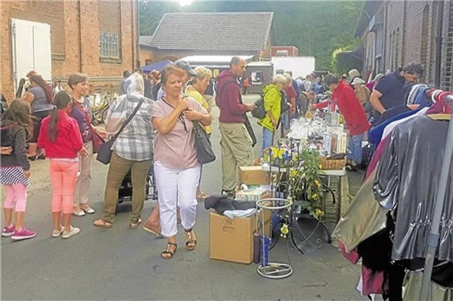 Familien-Flohmarkt auf den Höfen