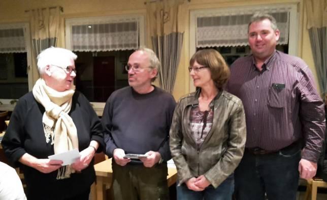 Spenden für Landfrauen, Feuerwehr und TSV