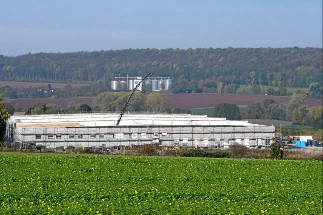 Neues Logistikzentrum im Gewerbegebiet