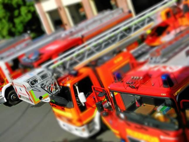 Feuerwehr eilt zur Tragehilfe