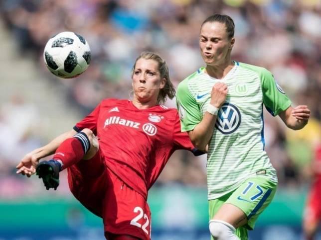 Wolfsburgs Frauen feiern Pokalsieg
