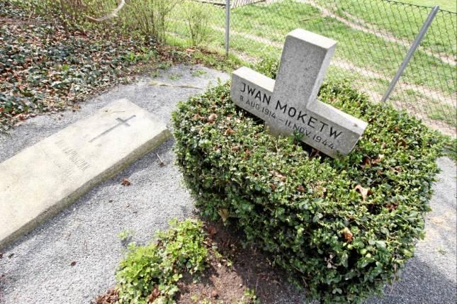 Falscher Name auf dem Grab
