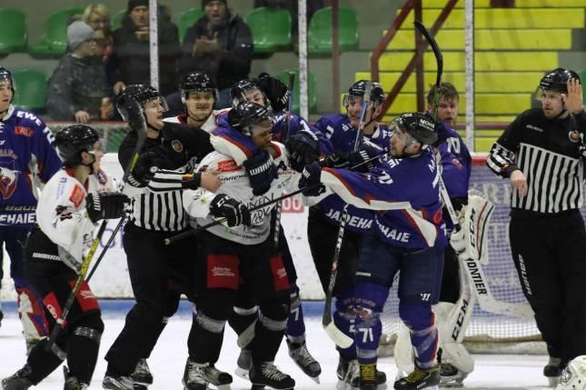 Harzer Falken gewinnen 7:5 gegen Sande