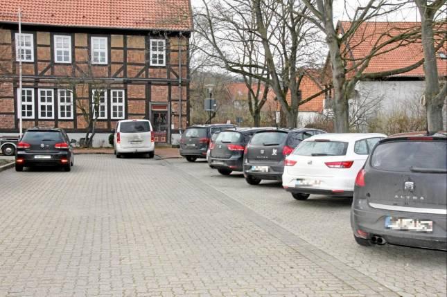 Parkplatznot auf dem Montelabbateplatz