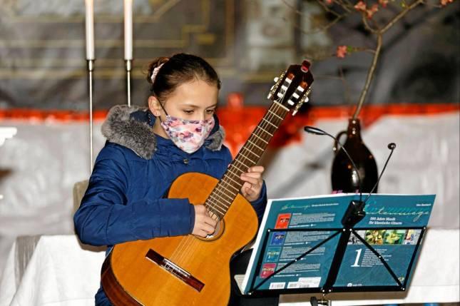 Gitarren-Gottesdienst in der Baustelle